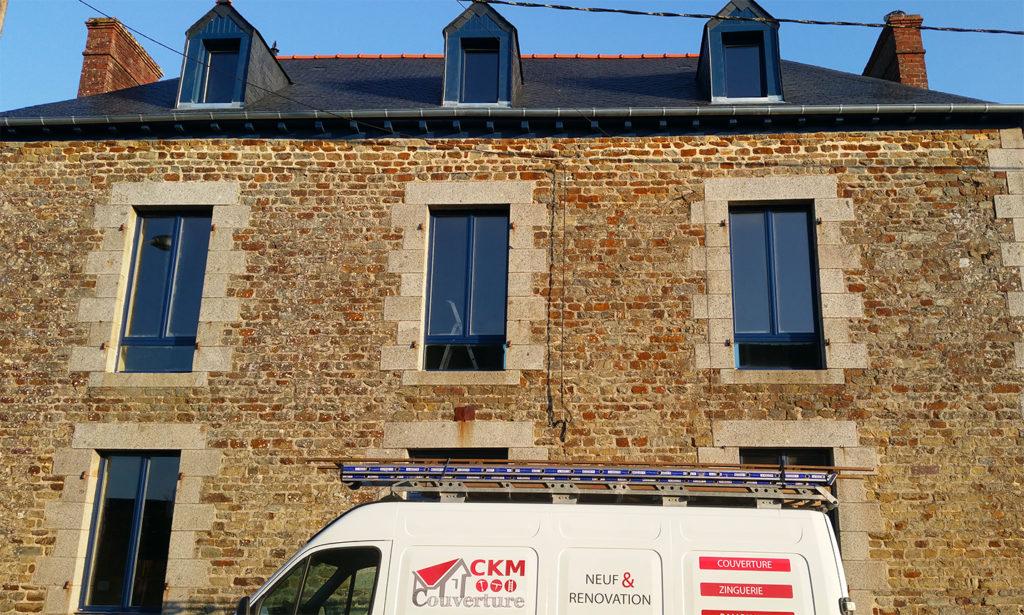 Rénovation d'une toiture de maison par CKM Couverture entre Brielles et Marcillé Robert