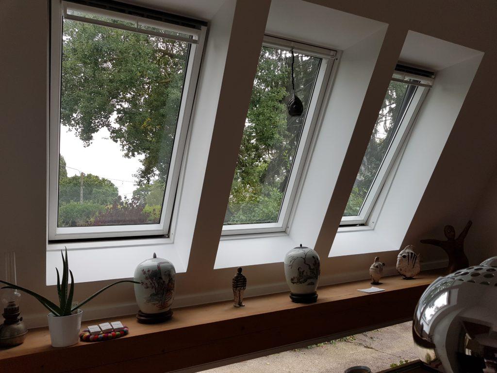 Création de Vélux dans une maison par CKM Couverture entre Marcillé Robert et Brielles