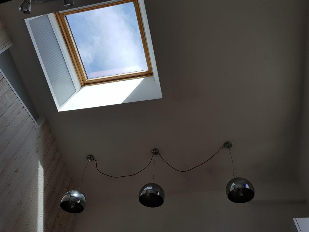 Création d'une verrière sur toit par CKM couverture entre Marcillé Robert et Brielles